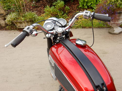 BSA ROCKET 3 1969 750cc MATCHING NUMBERS MOT'd 08/18 For Sale (picture 3 of 4)