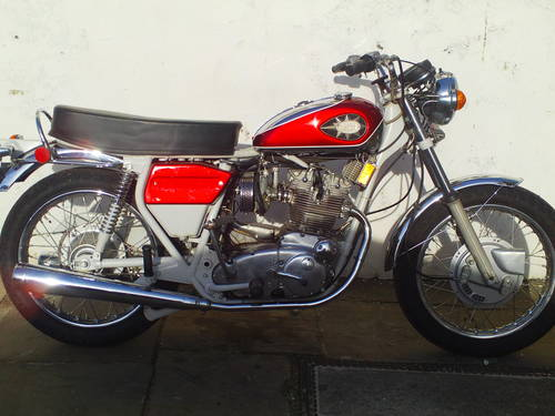 1972 BSA ROCKET THREE A75R MK2  EXPORT SOLD (picture 1 of 6)