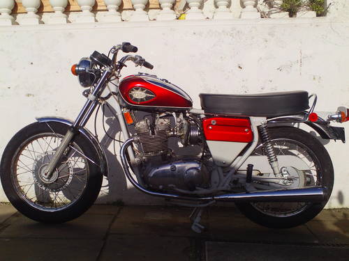 1972 BSA ROCKET THREE A75R MK2  EXPORT SOLD (picture 3 of 6)