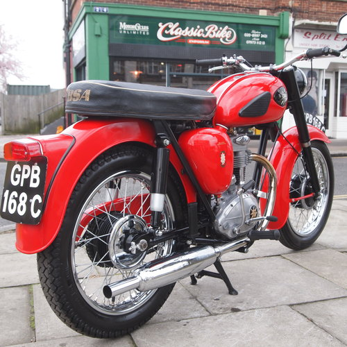 1965 C15 250cc Classic, Fully Restored. SOLD TO CHRIS. SOLD (picture 1 of 6)
