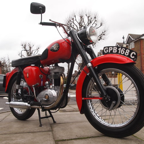 1965 C15 250cc Classic, Fully Restored. SOLD TO CHRIS. SOLD (picture 3 of 6)