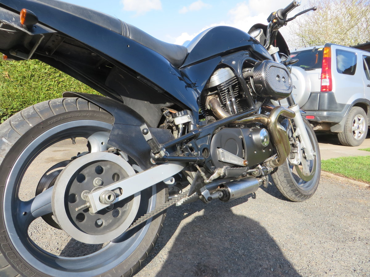 BUELL CYCLONE 1998. VANCE HINES. QUICK ONE. SOLD (picture 3 of 6)