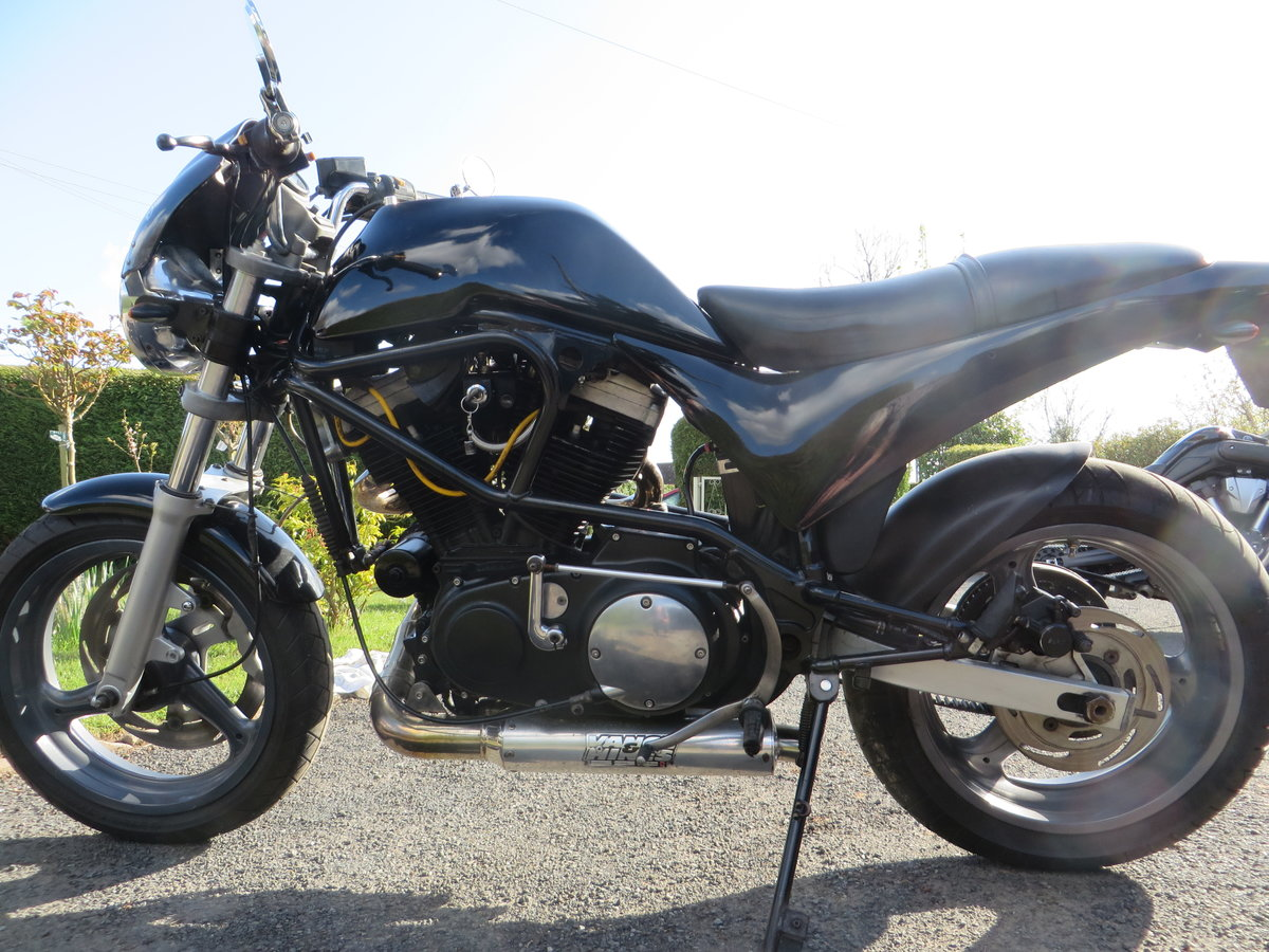 BUELL CYCLONE 1998. VANCE HINES. QUICK ONE. SOLD (picture 4 of 6)