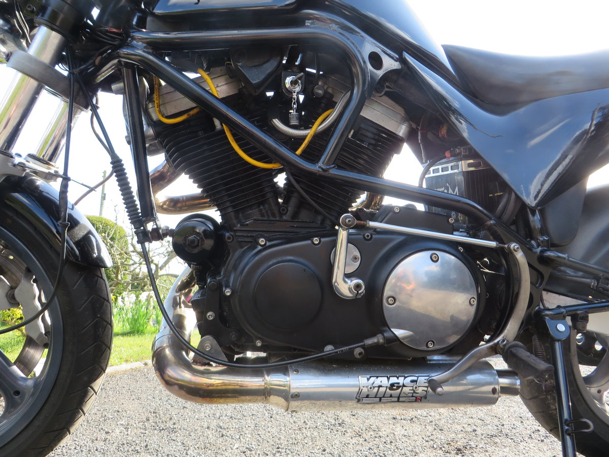 BUELL CYCLONE 1998. VANCE HINES. QUICK ONE. SOLD (picture 6 of 6)