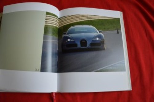 Bugatti Veyron 16.4 owners book brochure For Sale (picture 4 of 6)