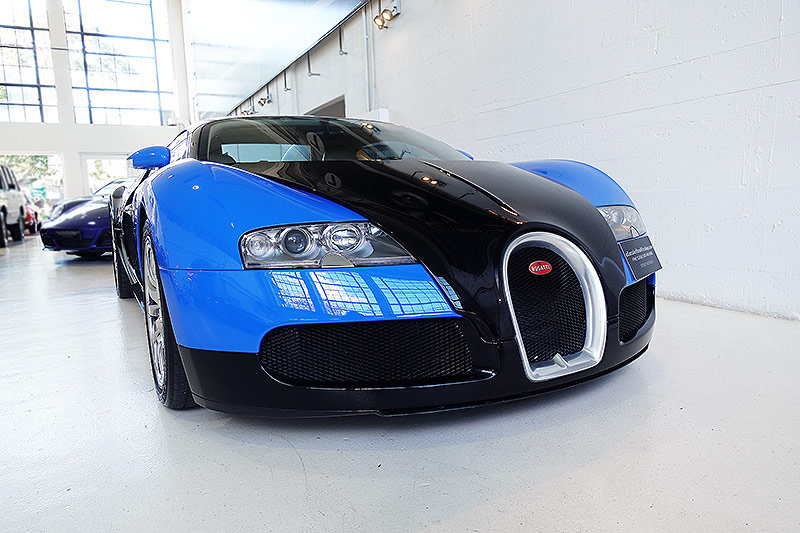 2008 Bugatti Veyron, No. 142 of just 450 cars produced, stunning! For Sale (picture 1 of 6)