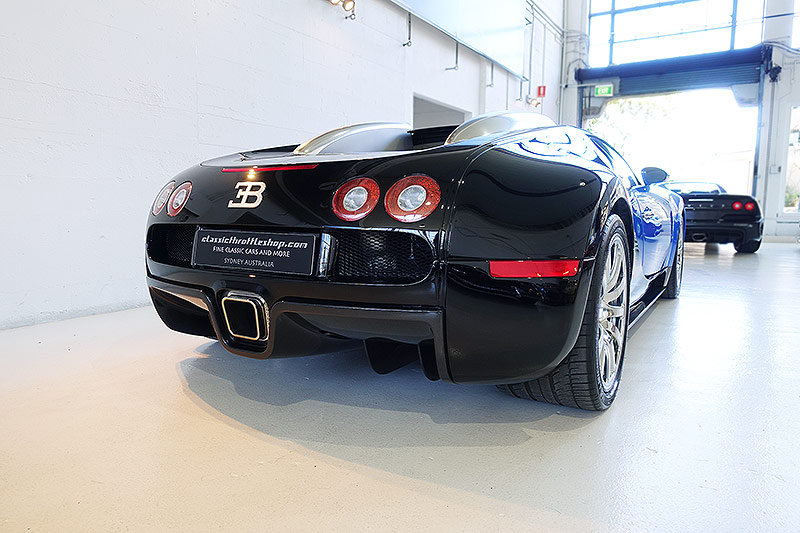 2008 Bugatti Veyron, No. 142 of just 450 cars produced, stunning! For Sale (picture 2 of 6)