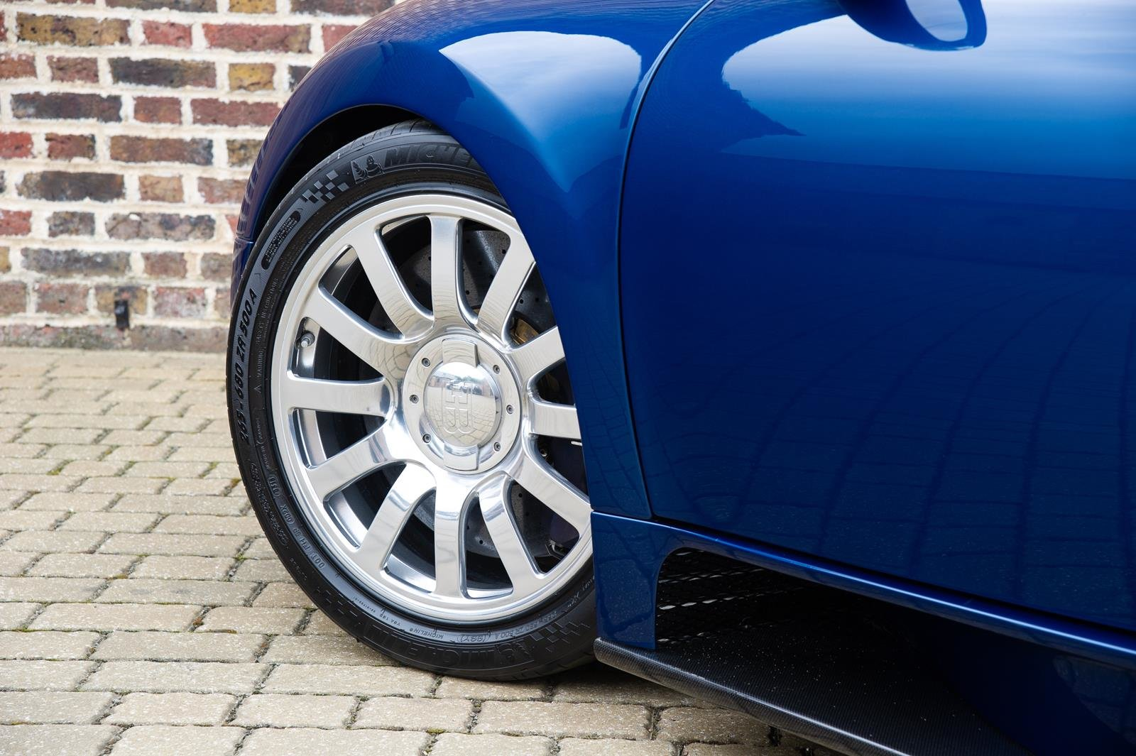 2008 Bugatti Veyron 16.4 -3 Year Bugatti Service Package Included For Sale (picture 6 of 6)