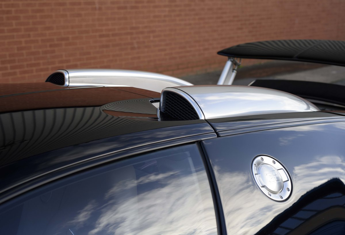 2007 Bugatti Veyron 16.4 (LHD) For Sale (picture 14 of 24)