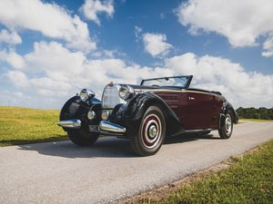1938 Bugatti Type 57 Cabriolet by DIeteren