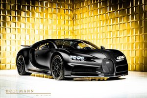 Bugatti Chiron Sport Noire 1 of 20