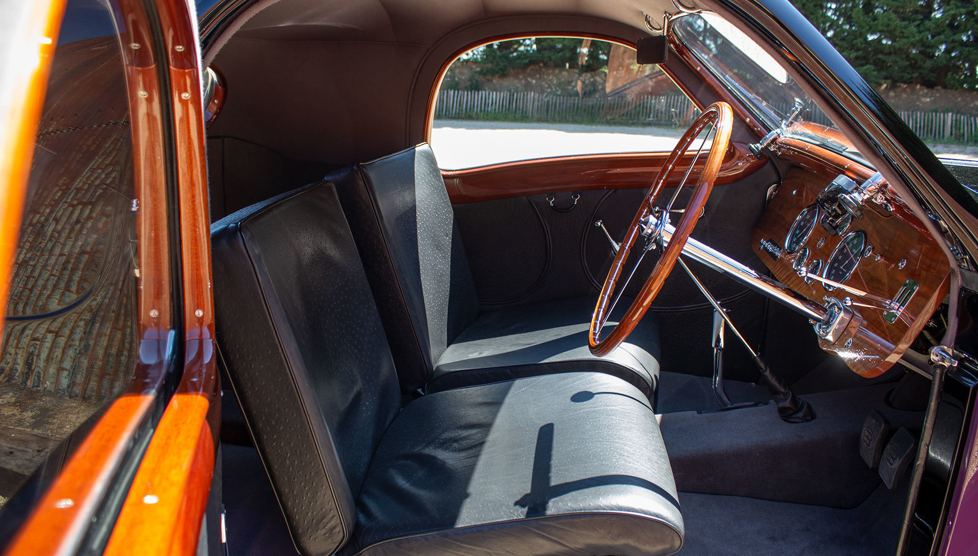 1938 Bugatti Type 57 Atalante by Gangloff SOLD (picture 15 of 24)