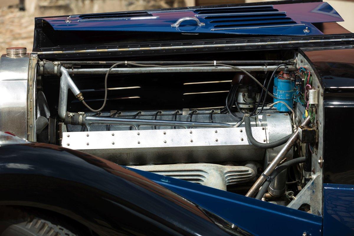 1939 Bugatti 57 Cabriolet 4 places par Vanvooren No reserve For Sale by Auction (picture 5 of 6)