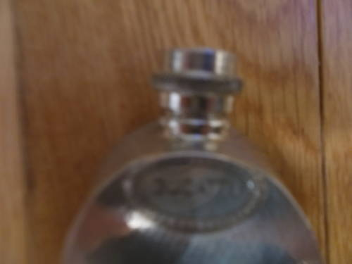 0000 bugatti commission pewter hipflask For Sale (picture 1 of 3)