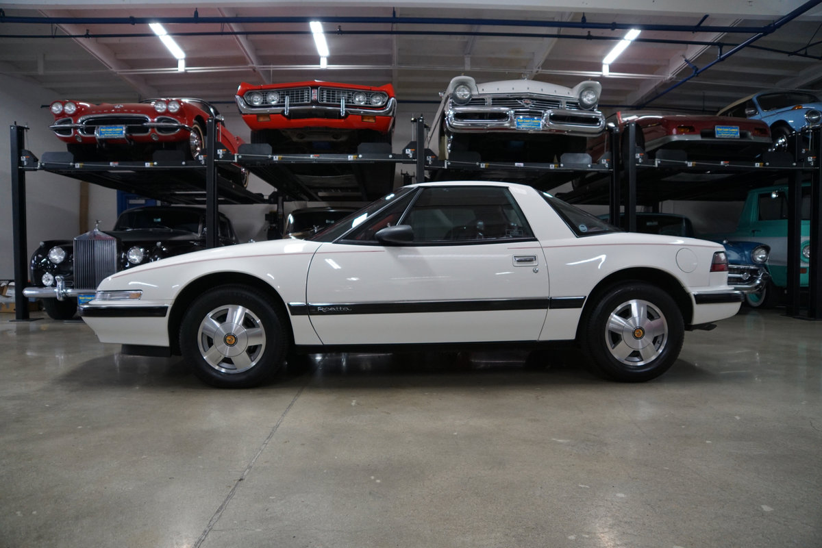 1989 Buick Reatta Coupe with 25K orig miles SOLD (picture 2 of 6)