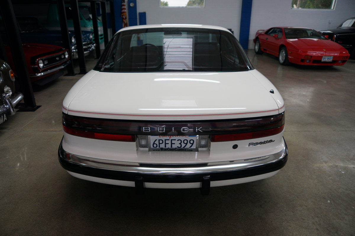 1989 Buick Reatta Coupe with 25K orig miles SOLD (picture 4 of 6)