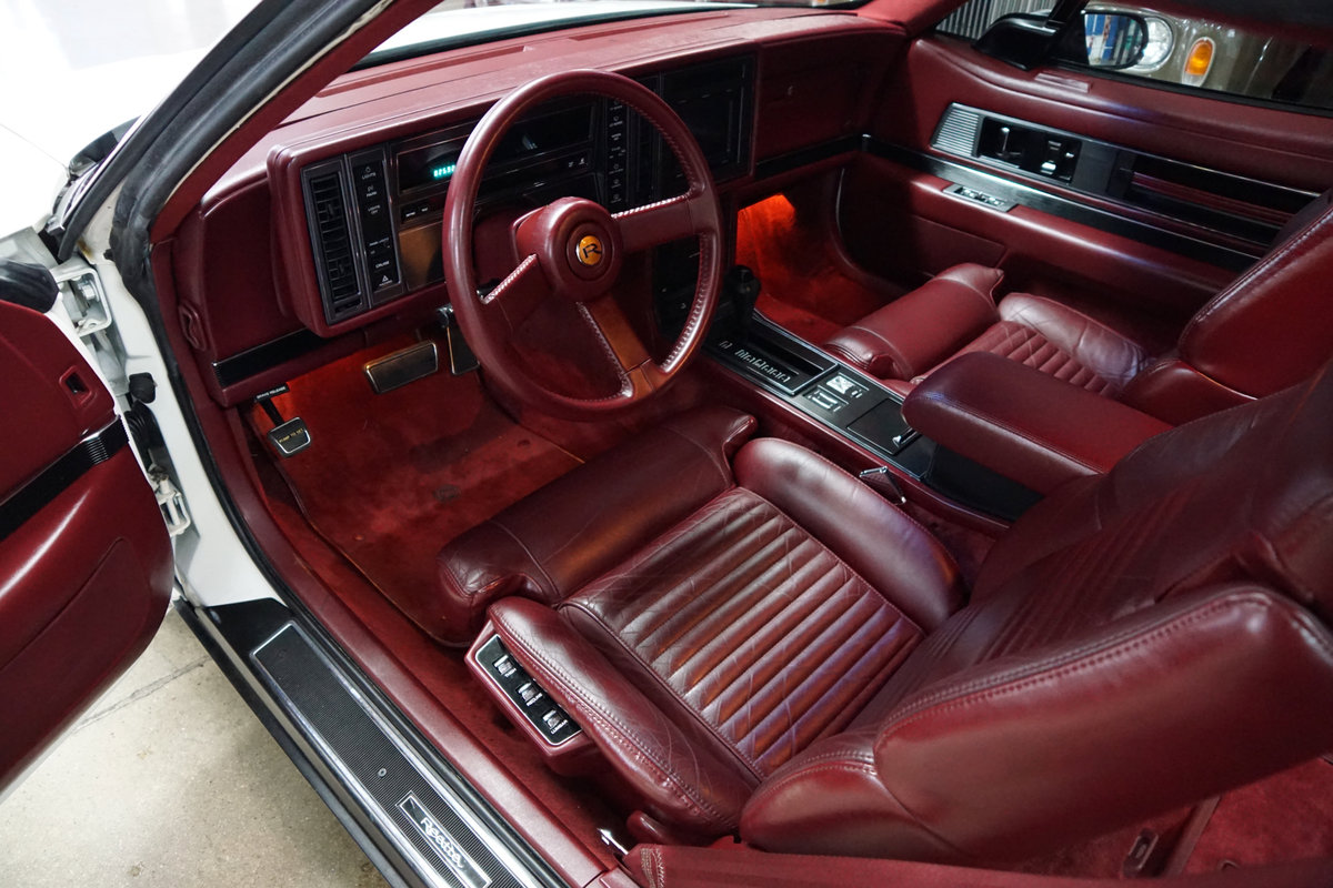 1989 Buick Reatta Coupe with 25K orig miles SOLD (picture 5 of 6)