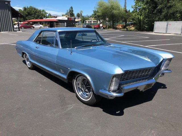 1965 Buick Riviera Looking to Sell Fast Make an Offer SOLD (picture 3 of 6)