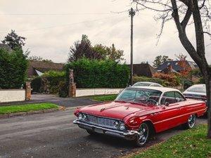 1961 Buick Invicta bubbletop v8