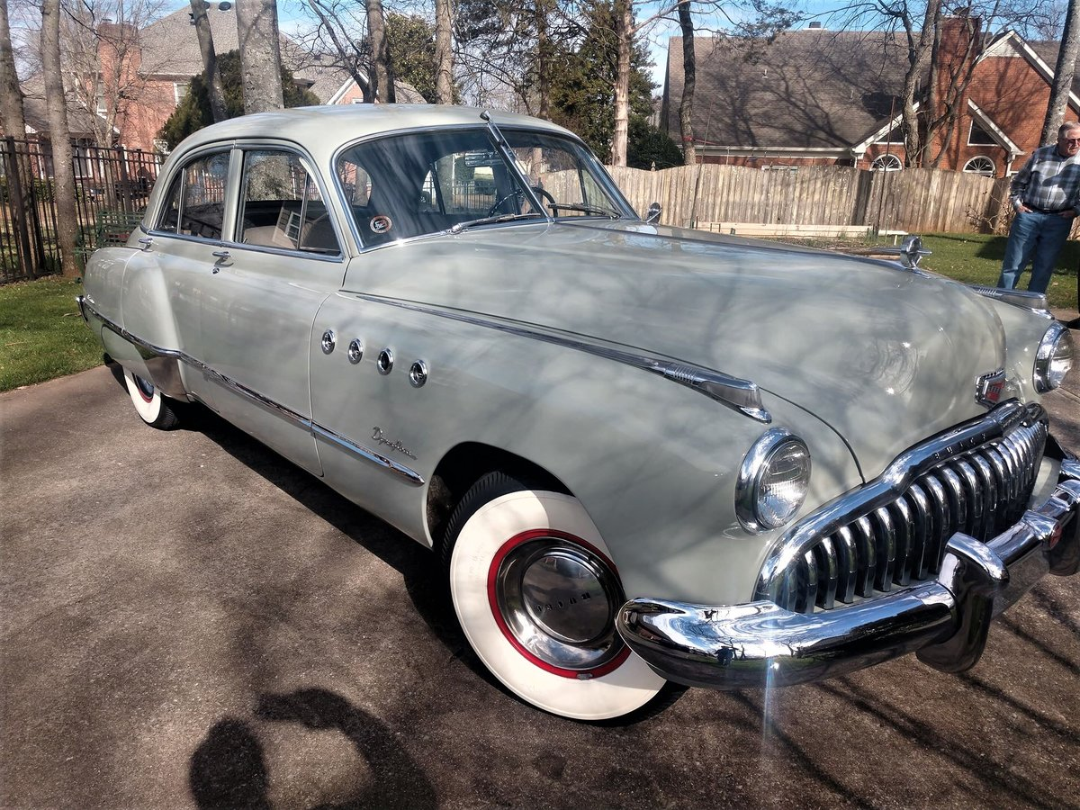 1949 Buick Roadmaster Beautifully Restored For Sale (picture 4 of 6)