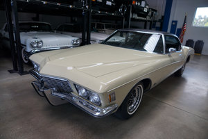 1972 Buick Riviera 455 V8 2 Dr Hardtop with 25K orig miles SOLD