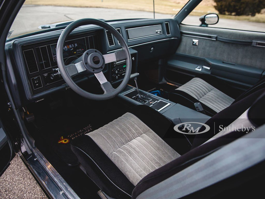 1987 Buick Grand National  For Sale by Auction (picture 4 of 6)