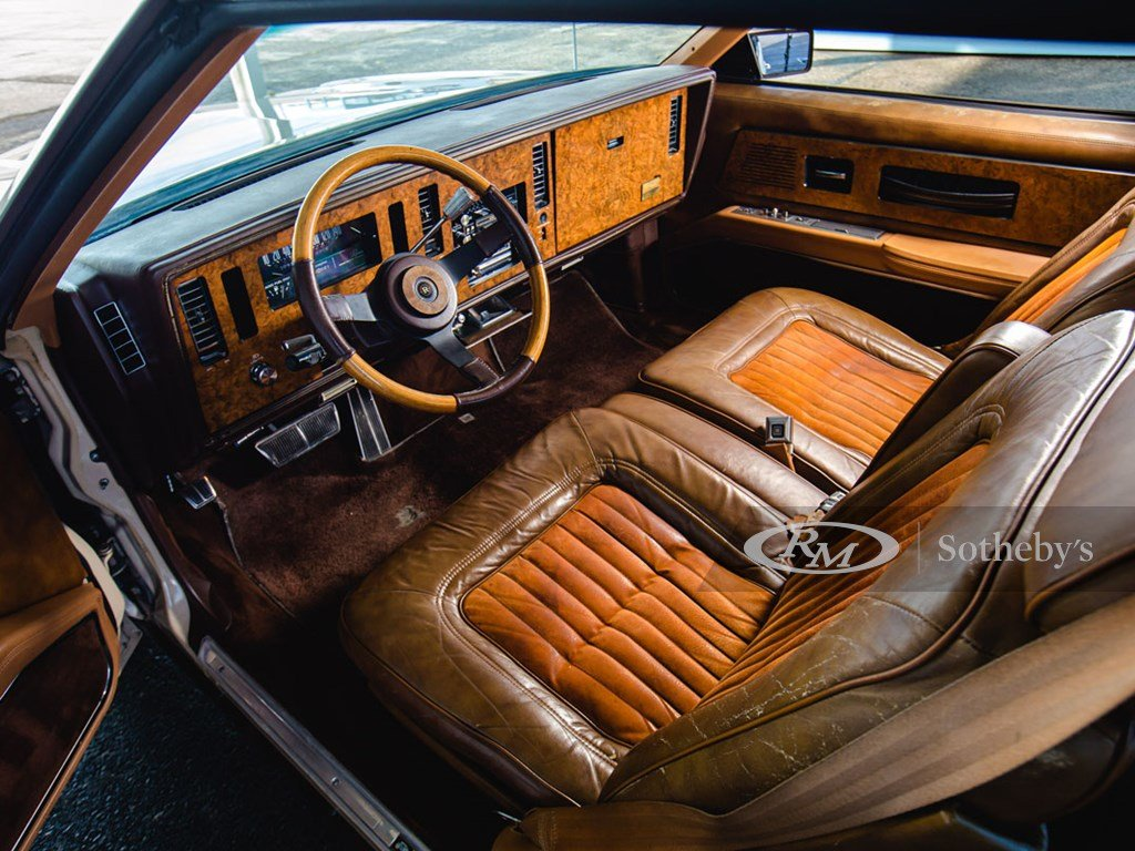 1983 Buick Riviera XX  For Sale by Auction (picture 4 of 6)