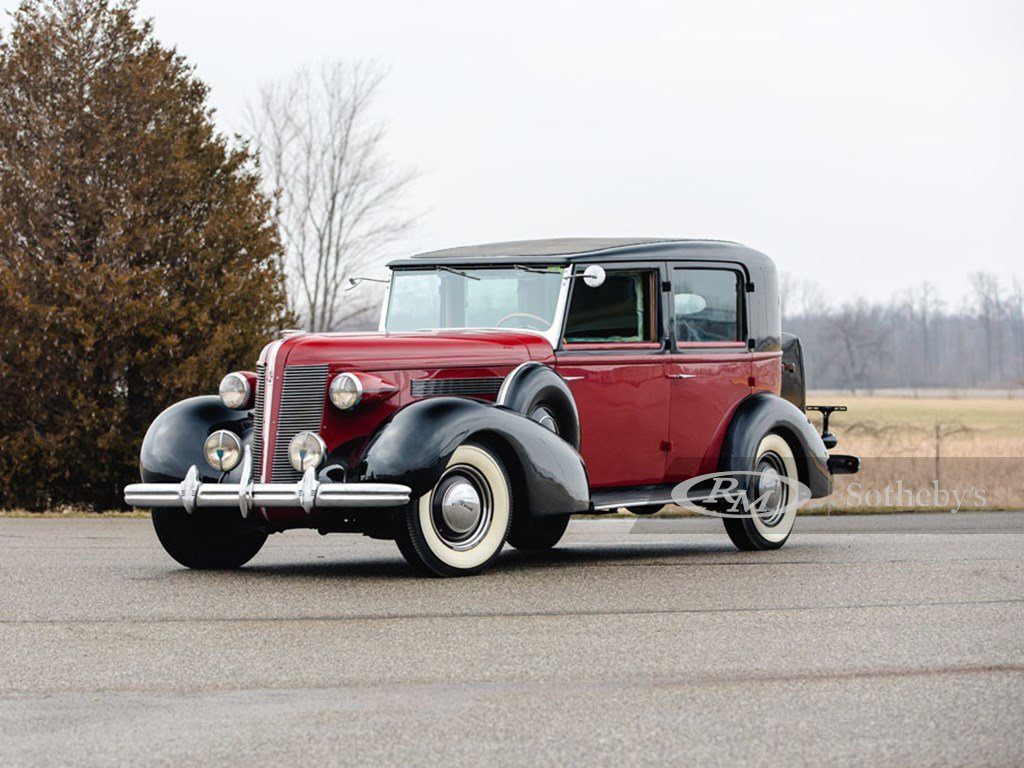 1937 Buick Roadmaster Limousine by Brewster For Sale by Auction (picture 1 of 6)