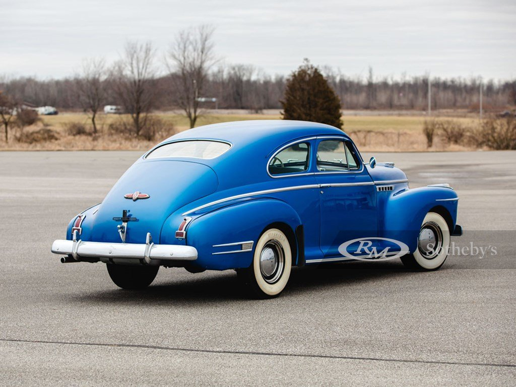 1941 Buick Century Sedanette  For Sale by Auction (picture 2 of 6)