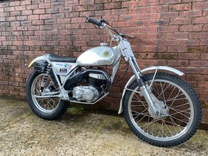 BULTACO SHERPA 250 TWIN SHOCK TRIALS ACE BIKE ROAD REGD V5