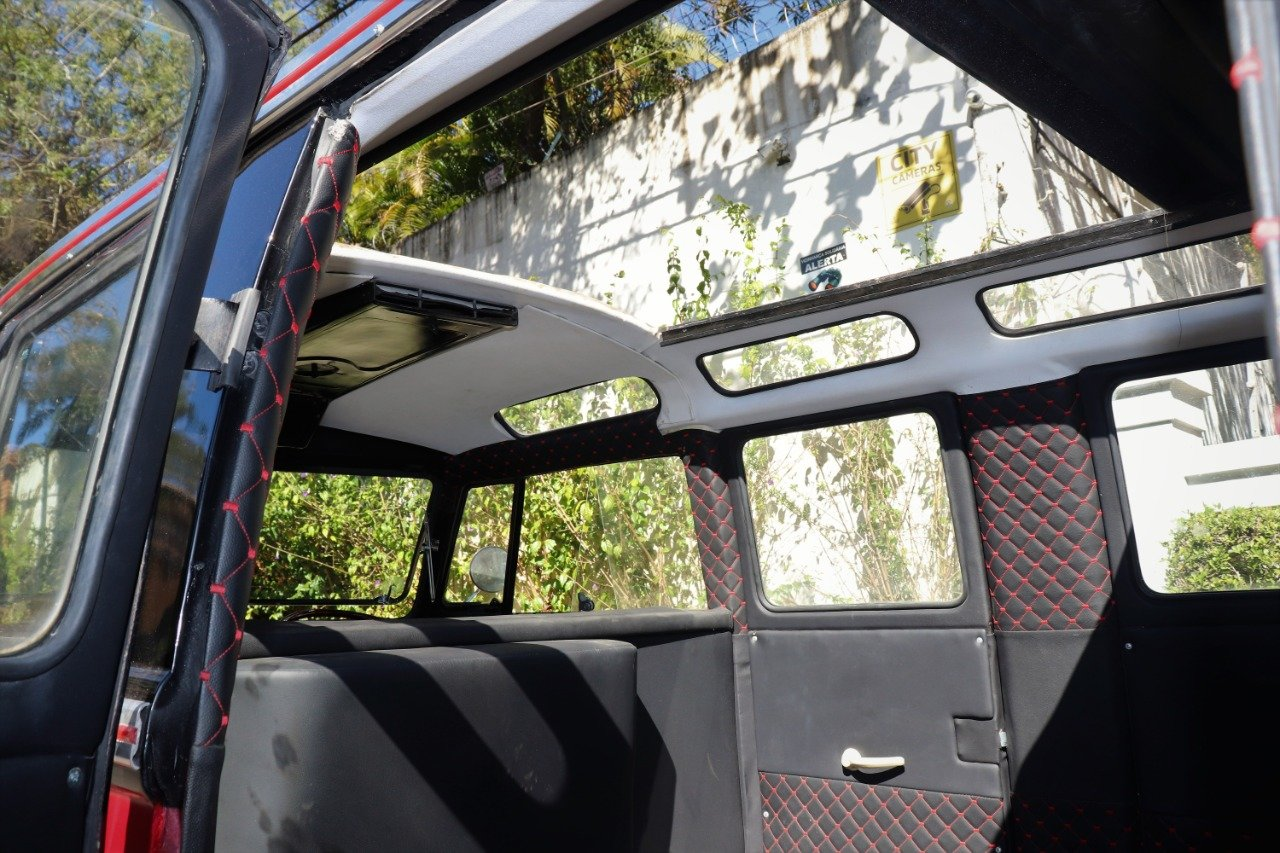 1975 Brazilian Kombi - VW Bus For Sale (picture 3 of 6)