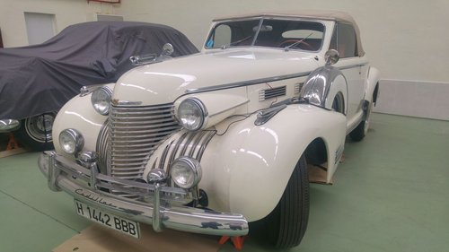 1940 CADILLAC SERIES 60 CONVERTIBLE COUPE For Sale (picture 1 of 6)