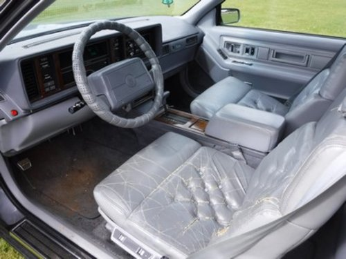 1991 Cadillac Eldorado Biarritz V8  For Sale by Auction (picture 3 of 6)