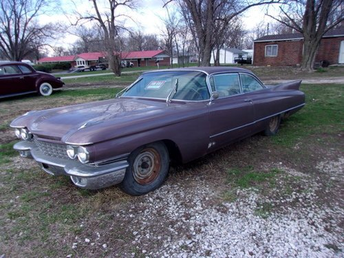 1960 Cadillac Coupe DeVille For Sale (picture 2 of 6)