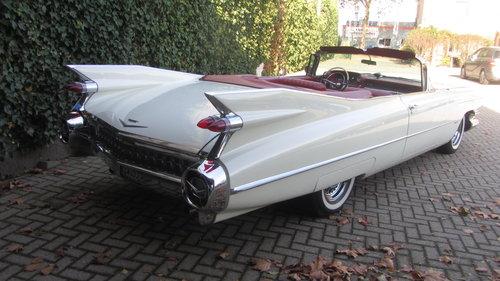 Cadillac de Ville Conv 1959     & 50 USA Classics For Sale (picture 1 of 6)