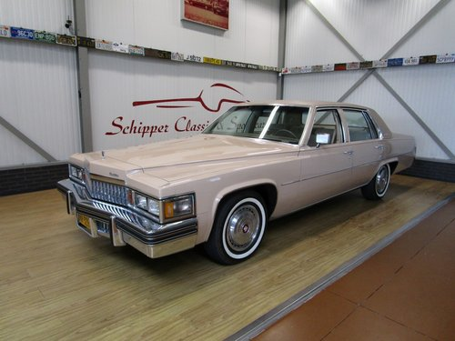 1978 Cadillac Sedan De Ville with just 19.000 Miles For Sale (picture 1 of 6)