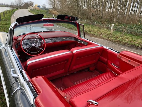 1956 Very Nice and beautifully Cadillac Eldorado Biaritz Conv. For Sale (picture 6 of 6)