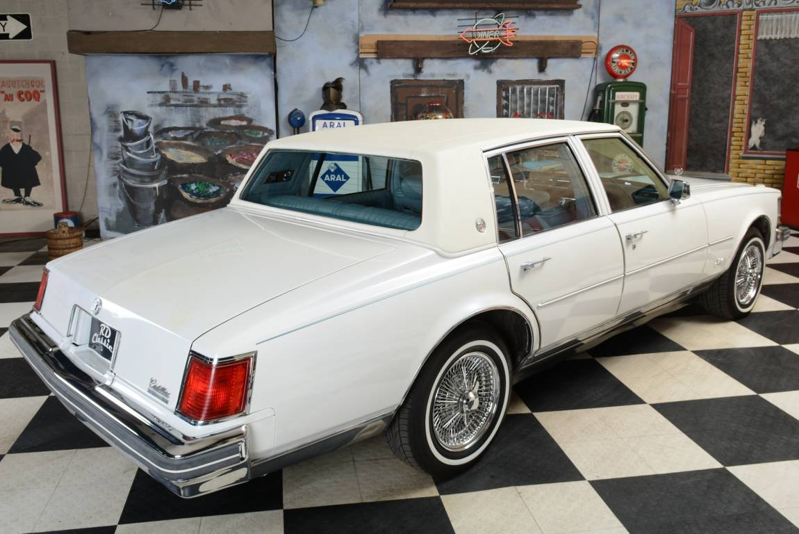 1976 Cadillac Seville Sedan For Sale (picture 1 of 6)