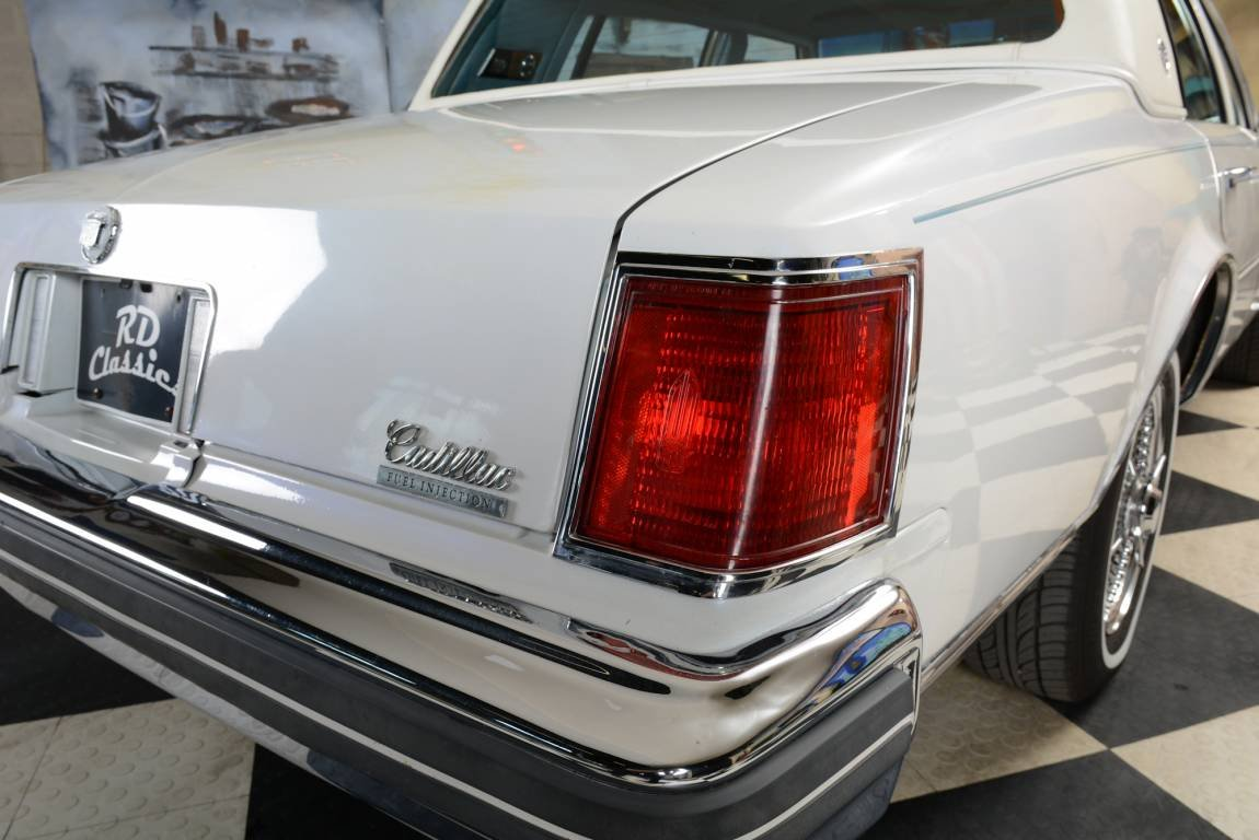1976 Cadillac Seville Sedan For Sale (picture 3 of 6)