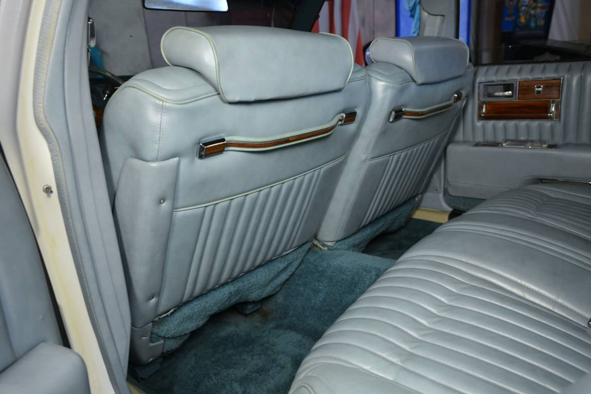 1976 Cadillac Seville Sedan For Sale (picture 5 of 6)