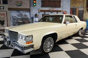 1984 Cadillac Deville Coupe / *1e Hand*Neuwertig* For Sale