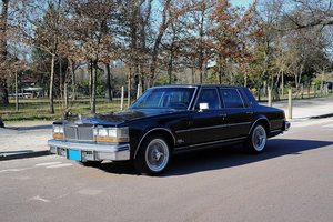 1976 – Cadillac Seville V8 5.7l  SOLD by Auction