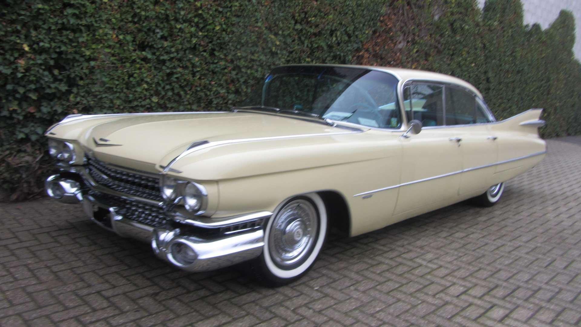 Cadillac Sedan de Ville 1959 & 50 USA Classics For Sale (picture 4 of 6)