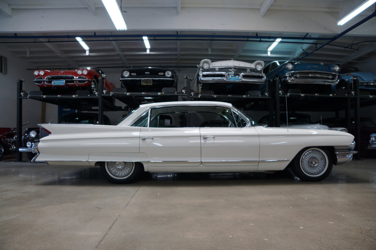 Orig California 1961 Cadillac 6 Window Sedan de Ville SOLD (picture 3 of 6)
