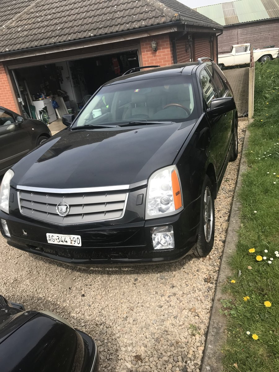 2006 Cadillac SRX For Sale (picture 2 of 6)