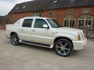 CADILLAC ESCALADE EXT 6LTR V8 2006 68K MILES FROM NEW For Sale