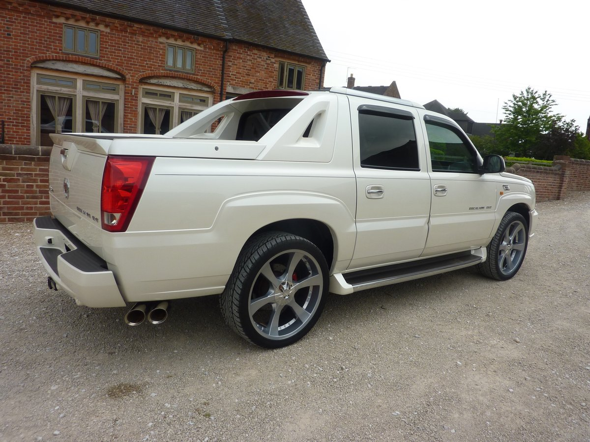 CADILLAC ESCALADE EXT 6LTR V8 2006 68K MILES FROM NEW For Sale (picture 6 of 6)