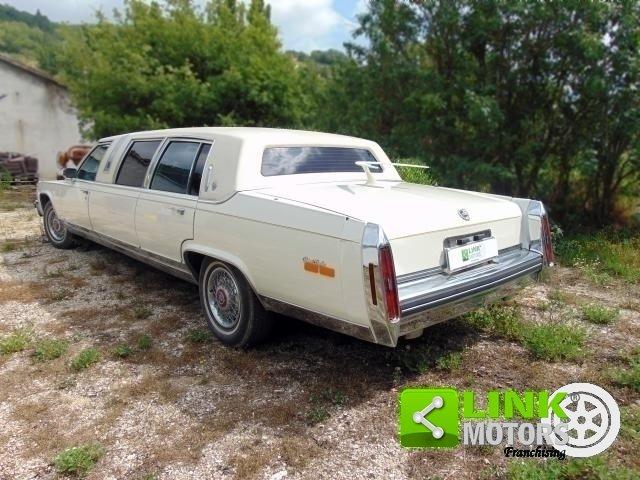 Cadillac Limousine, anno 1985, PERFETTAMENTE CONSERVATA For Sale (picture 4 of 6)