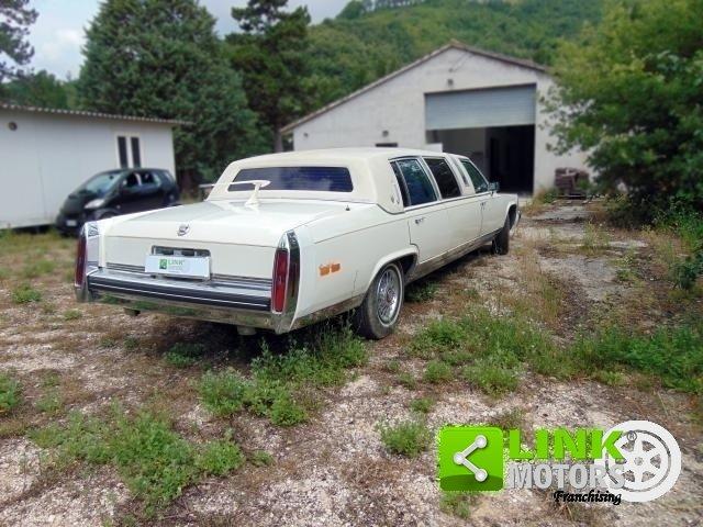 Cadillac Limousine, anno 1985, PERFETTAMENTE CONSERVATA For Sale (picture 5 of 6)