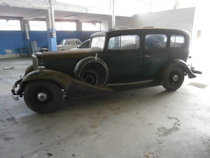 Caddillac 7 passenger V 12 1933 NO RUST